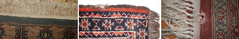 Pequeños desperfectos y daños en una alfombra oriental: flecos, bordes y agujeros